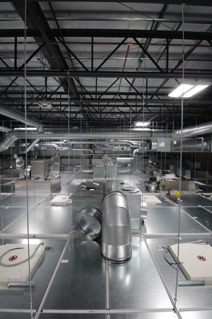 bausch-adv-tech-cleanroom_011