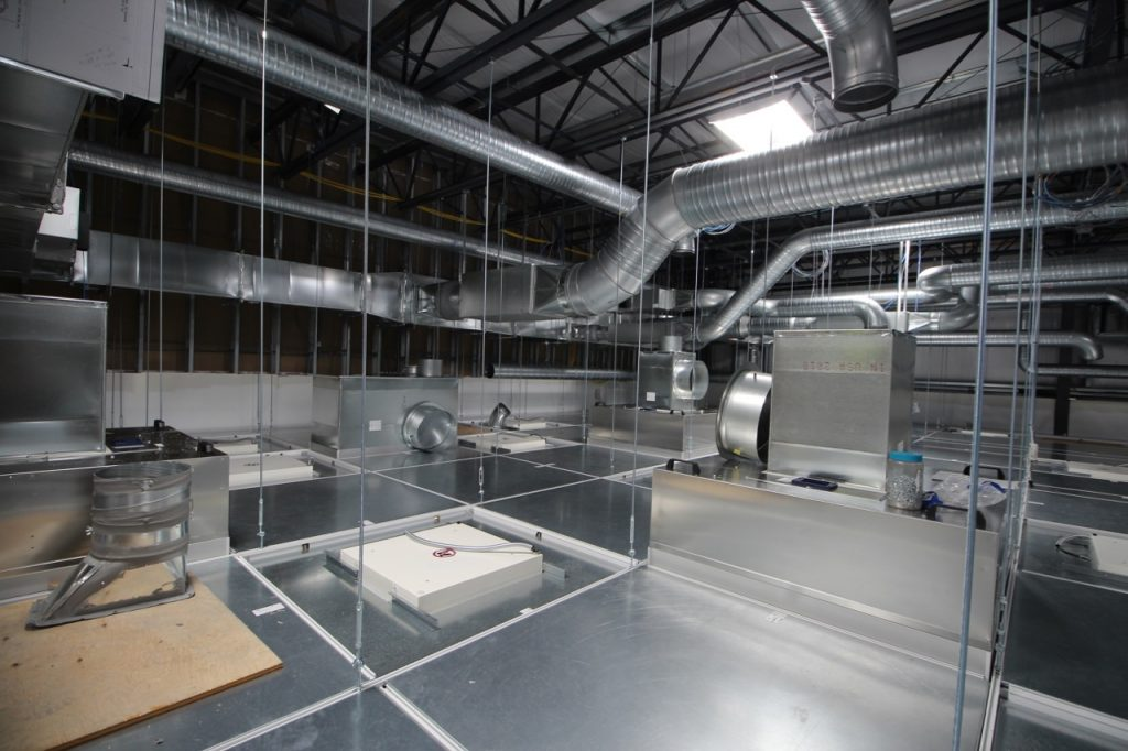 bausch-adv-tech-cleanroom_012