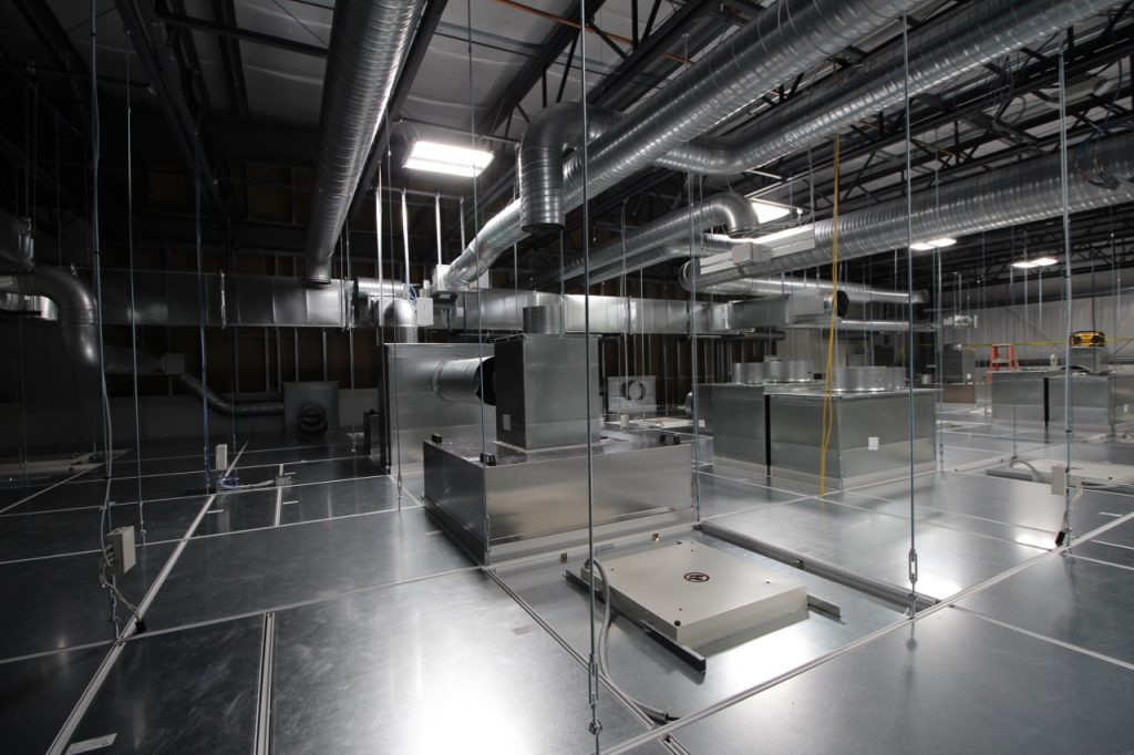 bausch-adv-tech-cleanroom_017