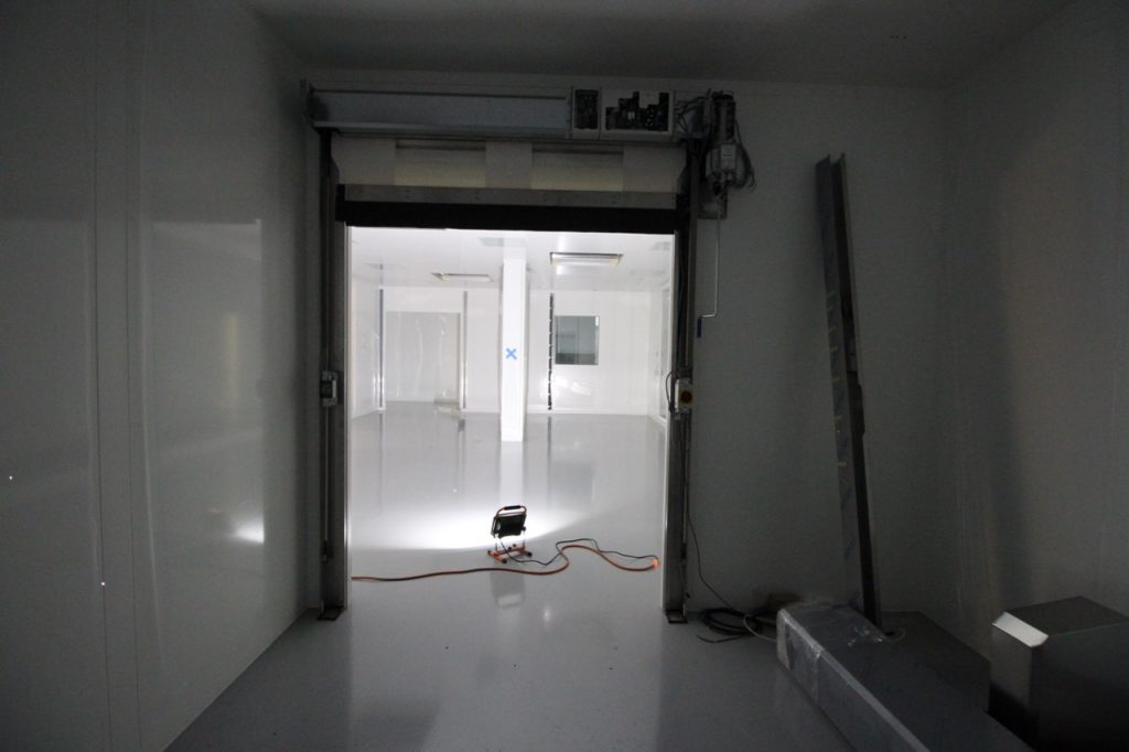 bausch-adv-tech-cleanroom_042